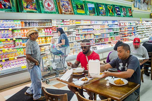 José Reyes, Dining With His Assistant, Edgar Brito, Right, At The Bravo Supermarket In Port St. Lucie, Fla.